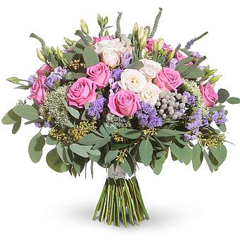 Букет Улыбнись: Лизиантус и розы